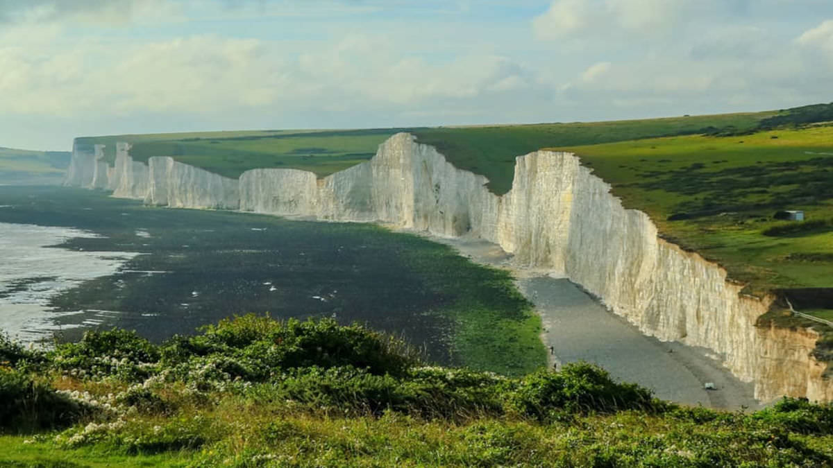 White cliffs along the south downs looking onto sea