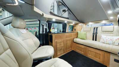 Rolling Homes Camper Ltd Mercedes-Benz Megellan