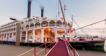 Worldwide tours - American Queen Mississippi paddle steamer